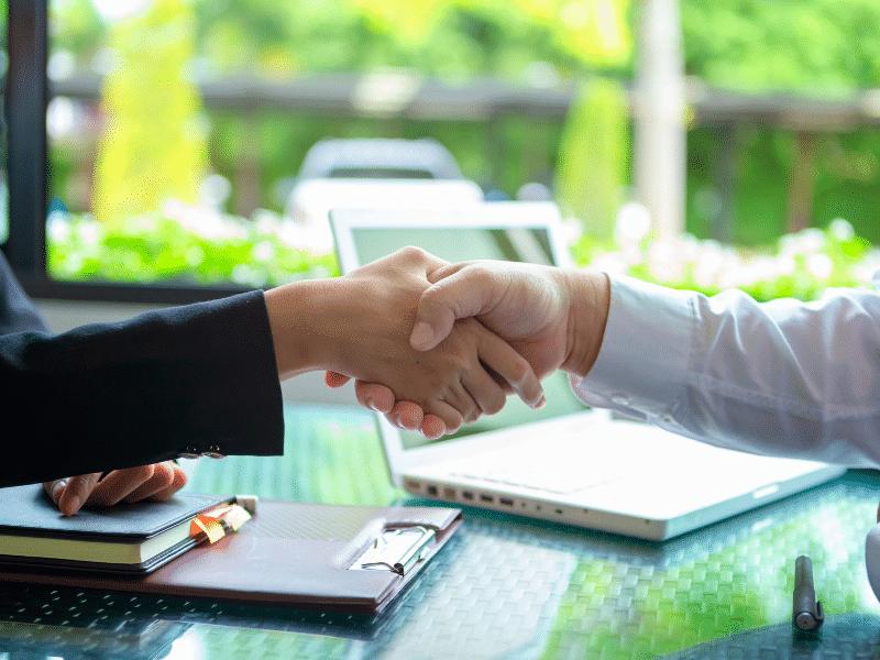 De la prospection commerciale à l'entretien de négociation : savoir mettre en place une stratégie gagnante